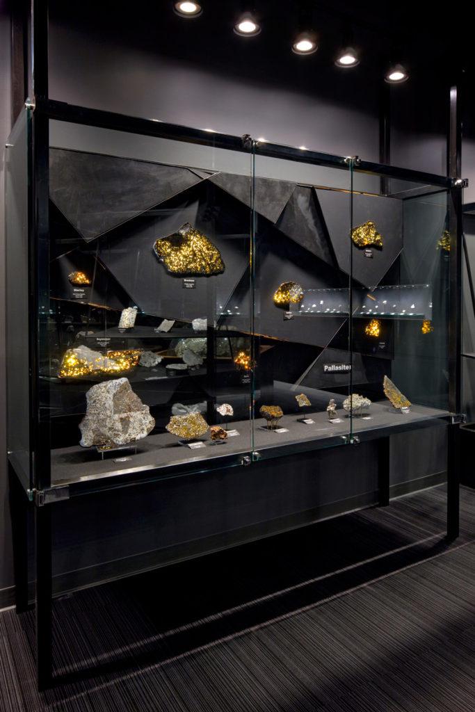 UNM-Meteorite-10-pc