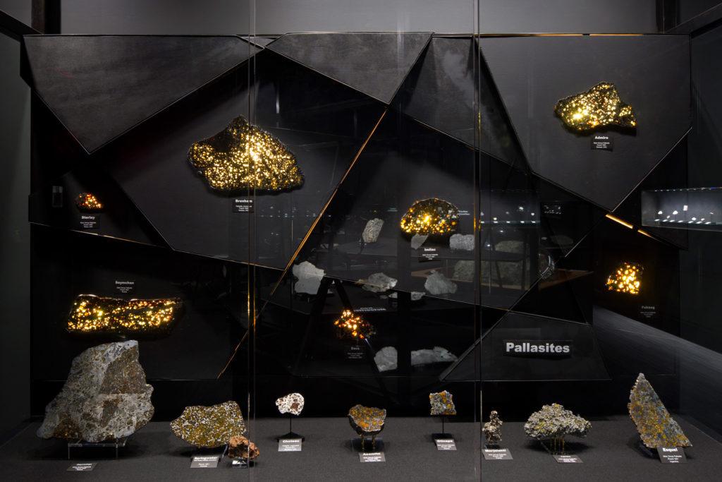 unm-meteorite-11-pc